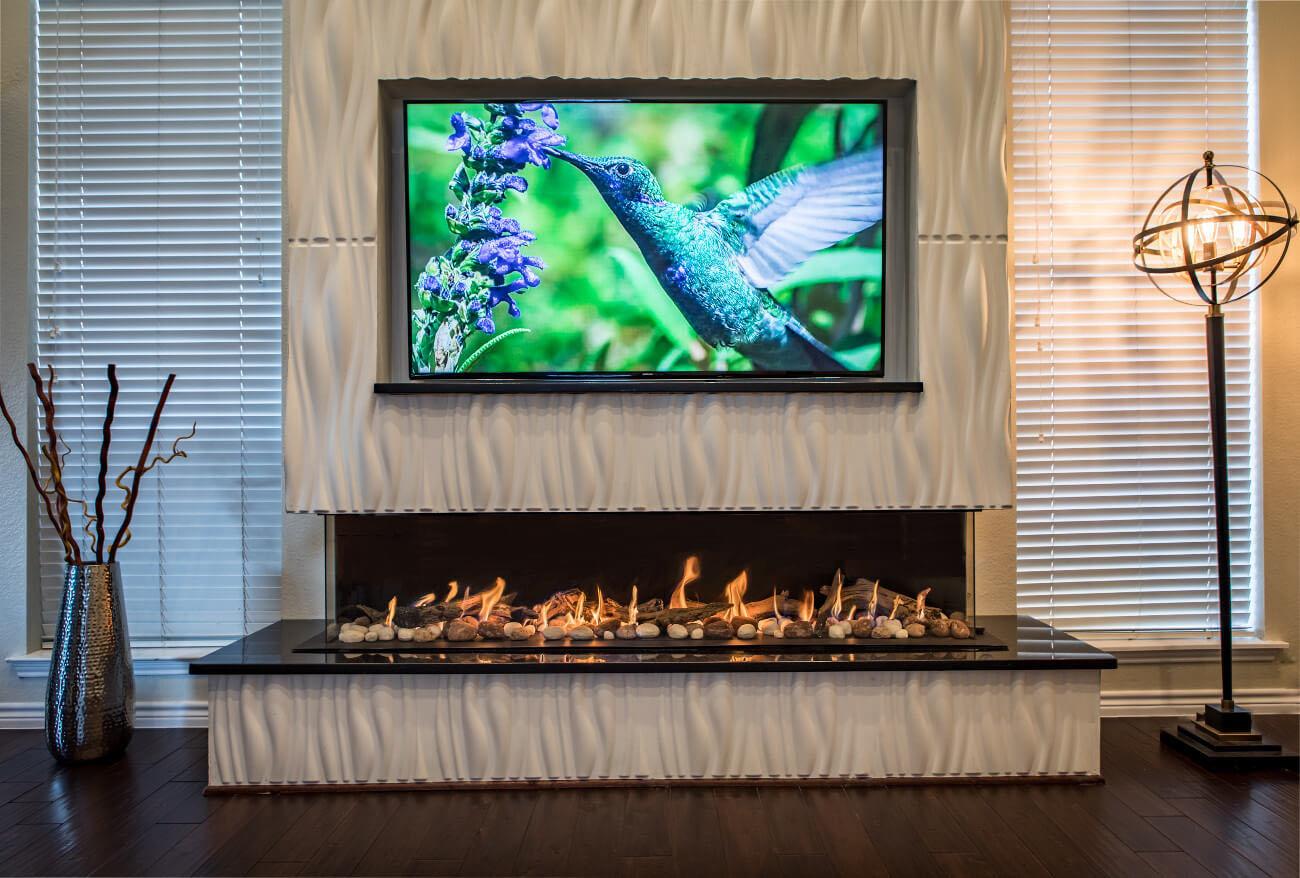Flare corner fireplace