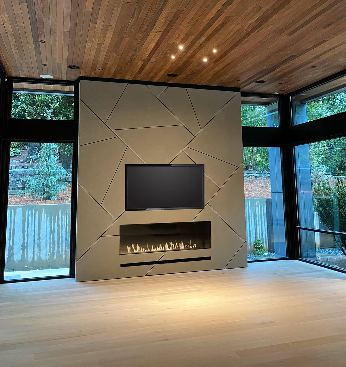 Modern Indoor And Outdoor Frameless Fireplaces Flare Fireplaces